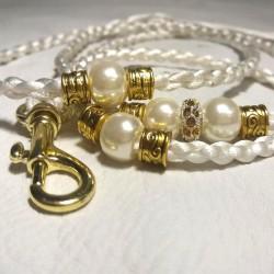 Valkoinen satiinitalutin, gold